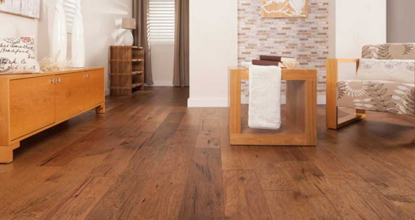 Pros-and-cons-of-Oak-Flooring.jpg